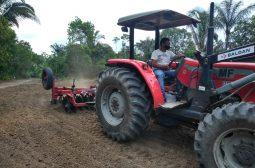 Idam realiza curso de mecanização agrícola para produtores rurais em Borba