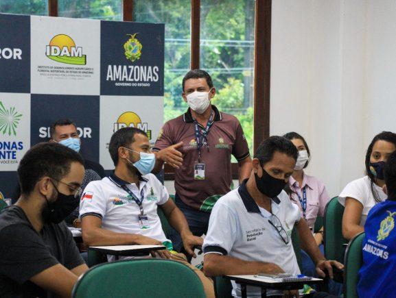 Idam inicia curso de Boas Práticas de Produção de Abacaxi para equipe técnica